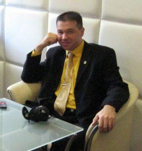 Шиляєв Олег Володимирович закінчив в 2000 році інженерно-педагогічний факультет